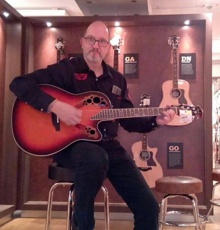 Im Gitarrenhimmel bei Thomann